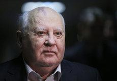 Россияне решают: Горбачев - освободитель или Иуда?