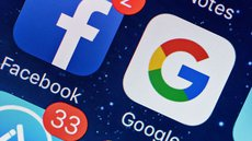 Роскомнадзор отказался от замедления работы Google и Facebook в России