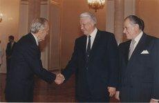 Кто был главной опасностью для Ельцина: мнение начальника его охраны