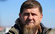 Кадыров подарил бойцам