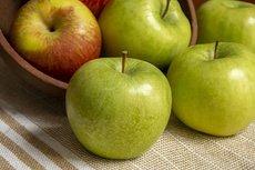 Диетолог дала советы по выбору самых полезных яблок