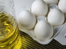Правительство России продлило заморозку цен на масло и сахар