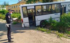 Жертвами аварии в Свердловской области стали шесть человек