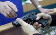 В Госдуме одобрили идею повысить возраст для покупки оружия до 21 года