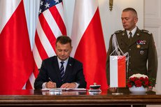 Польша вслед за Литвой отгородится от Белоруссии