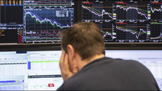 Эксперт назвал причины разочарования иностранных инвесторов в госдолге России
