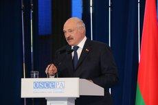 Лукашенко высказался про отъезд молодёжи из страны и образование