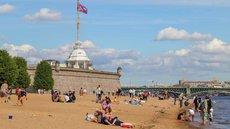 Новое строительное лобби Смольного в ЗакСе застроит пляжи Петербурга