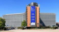 По-взрослому: Киев призвали отказаться от ЕС и НАТО