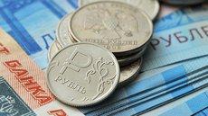 Курс рубля упал после новостей об антироссийских санкциях