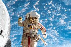 Российские космонавты получат значительную прибавку к зарплате