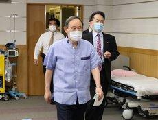 Что-то одно: японский премьер раздумывает над отставкой