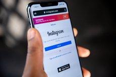 Роскомнадзор потребовал от Instagram перестать блокировать посты с гимном России