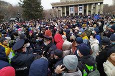 Россия закрыла въезд в страну 122 иностранцам за участие в митингах