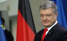 Порошенко пообещал крымским татарам вернуть Крым в состав Украины