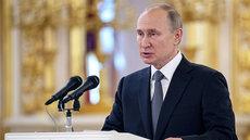 Путин: интернет способен разрушить общество