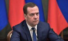 Медведев назвал Навального