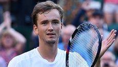 Теннисист Даниил Медведев покидает Олимпийские игры