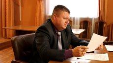 Правоохранители нашли в туалете у главы Минздрава Алтая 6 млн рублей