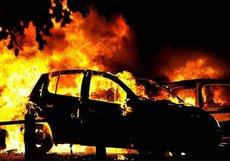 На Кубани сотрудник ГИБДД сжег автомобиль жены-коллеги из-за развода