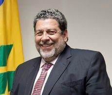 Протесты в Сент-Винсенте и Гренадинах: ранен премьер-министр