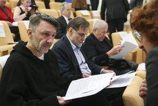 Шнуров высказался о ситуации с Булановой и ЦИК стихами