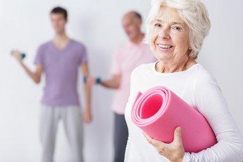 Ученые рассказали, какая опасность подстерегает пожилых женщин, желающих похудеть