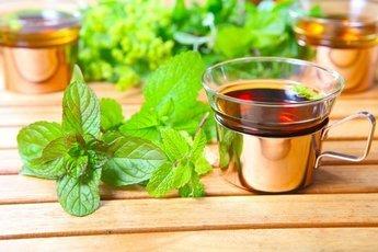 Заменяем чай и кофе травяными напитками