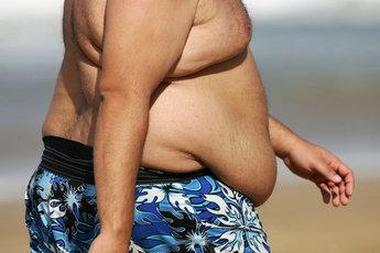 Корейские ученые связали лишний жир на животе с псориазом