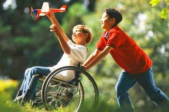 Воспитание здоровых детей и детей-инвалидов в одной семье: трудности и нюансы