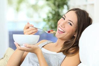 Как питаться при регулярном недосыпании