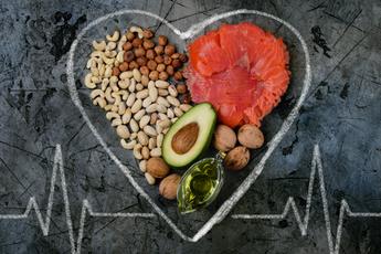 Четыре продукта, которые нужно включить в рацион при повышенном холестерине