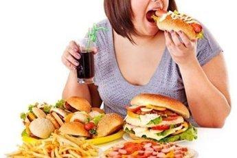 Пять ошибок в питании, из-за которых появляется лишний вес