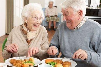 Правила долголетия: высыпаться, двигаться и следить за правильным питанием