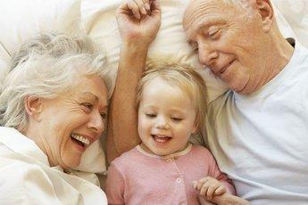 У пожилых родителей могут быть более спокойные дети