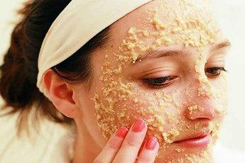 Улучшить состояние кожи можно с помощью масок из каши
