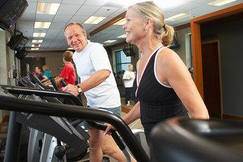 Для пожилых людей хороши интервальные тренировки